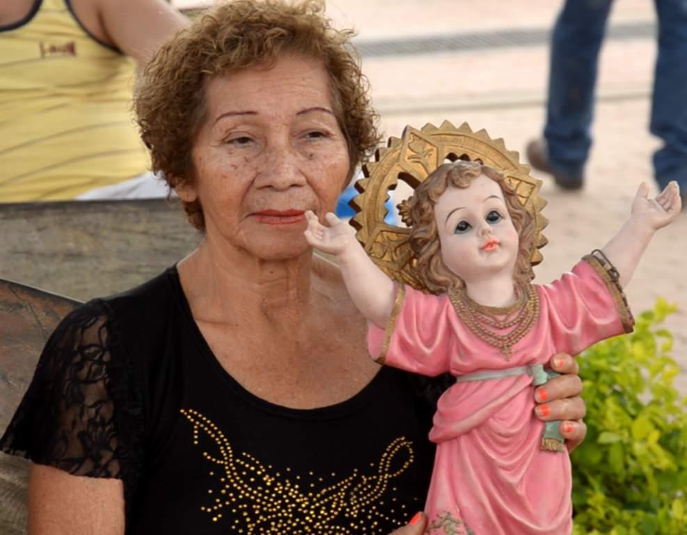 Foto Señora Divino Niño