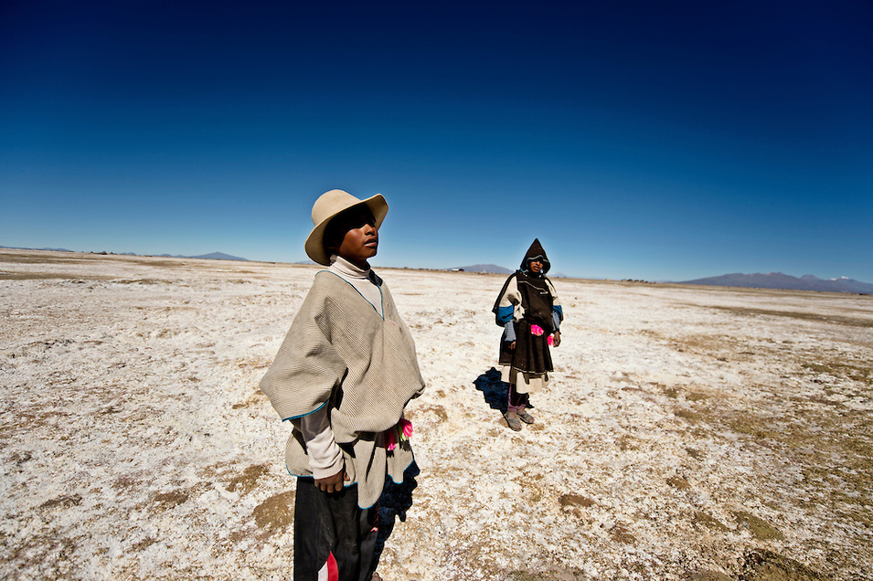 The distinctive Chipaya costume - poncho and wide brimmed hat for the men, hooded poncho for the women - is thought to have survived for thousands of years. The hairstyle of the women - consisting of 62 braids - has been in found in centuries old chullpas (burial mounds) further suggesting ancient origins.
