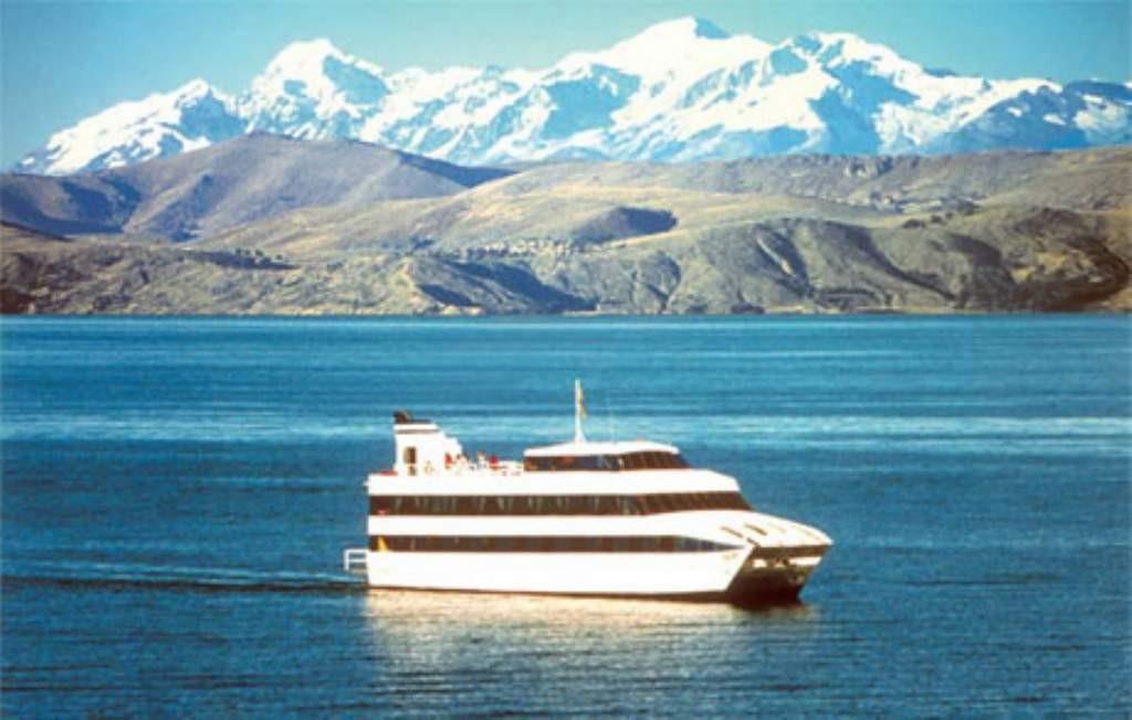 titicaca-lake-catamaran
