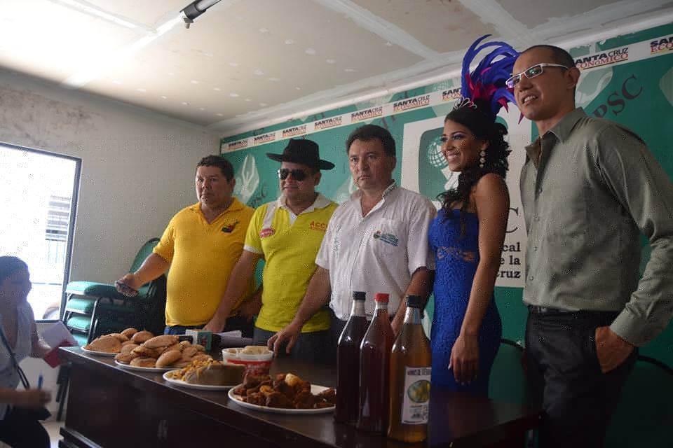 En la conferencia de prensa que dio inicio a las actividades promocionales de esta festividad se mostraron los productos típicos de  Vallegrande que los turistas podrán degustar durante su visita.