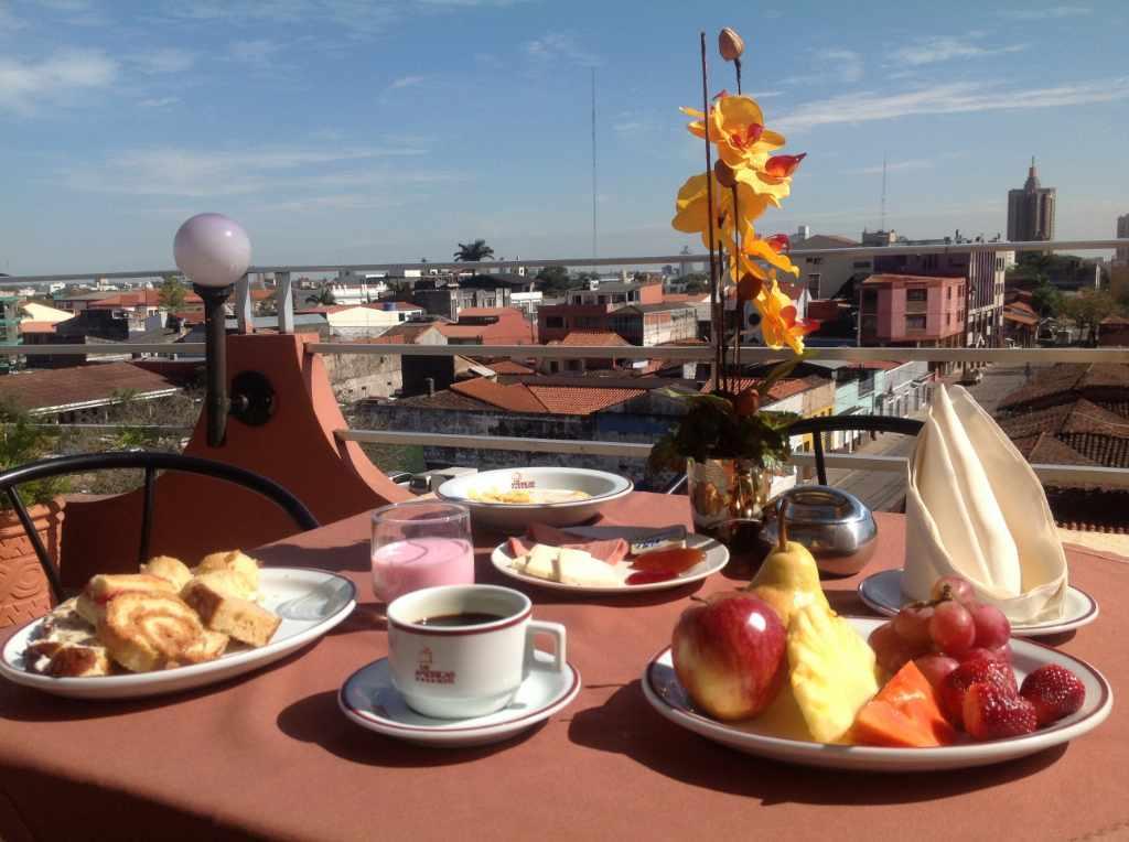 LAS AMERICAS- desayuno