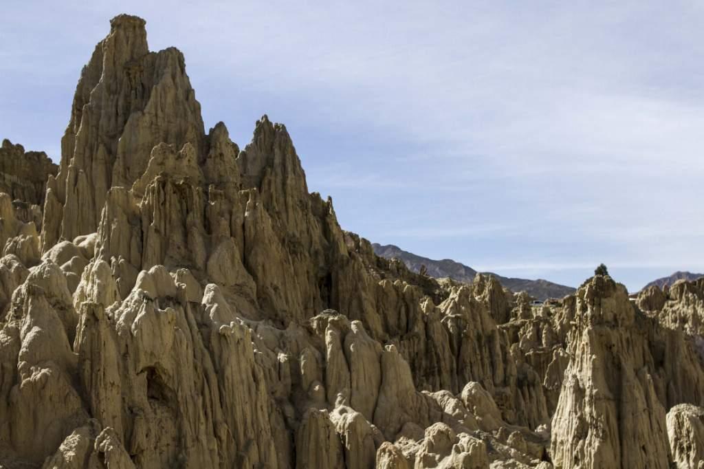 El Valle de la Luna es una extraña formación geológica a media hora del centro de la ciudad.