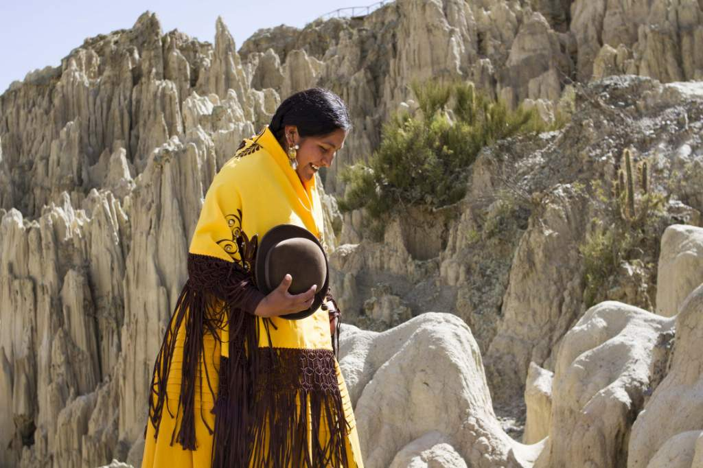 Tania Luna Laime, de 23 años, es una de las anfitrionas que atienden a los turistas que recorren al valle.